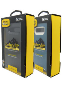 Otterbox Defender Series Case With Holster Clip for the Samsung Galaxy S10 New