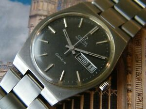 1972 OMEGA GENEVE STAINLESS STEEL AUTOMATIC DAY-DATE CALENDAR CALIBRE 1022.