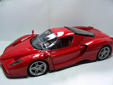 1/10 Die-cast kit Ferrari Enzo ASSEMBLED  with lights and sound - 3L 050