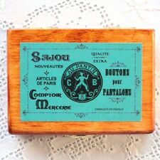 "FRENCH Miniature wooden box ""Boutons pour pantalons"""