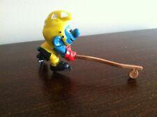 VINTAGE! 1978 Schleich Smurfs Figure 20032-Hockey Smurf w/ Gold Helmet