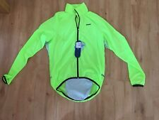 BNWT Ladies NETTI Cycling Spray Jacket Size XS 8 Fluro Yellow Zip Up Pocket