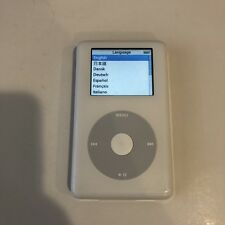 Apple iPod Photo Classic 4th Generation White (30 Gb) A1099 M9829Ll - Good