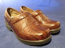 Women's size 7 Duck Head Becky leather alligator brown shoes clogs