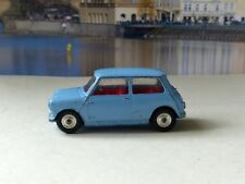 Corgi Toys 226 Morris Mini Minor pale blue with red interior (1)