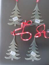 VINTAGE CHRISTMAS TREES PEWTER.GELRIA TINNEN KERSTBOMEN.4 stuks.KERSTBOOM TIN.