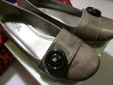 NWOB MIA leather flat shoe with decorative button detail US 7/ EU 38 /UK 5