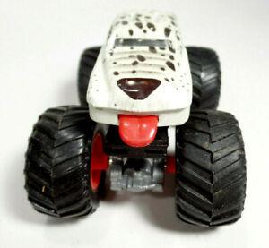 Monster Mutt Dalmation Hot Wheels Monster Jam Diecast Car
