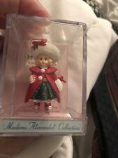 Madame Alexander Doll Merry Miniatures Hallmark Christmas Holly 1998