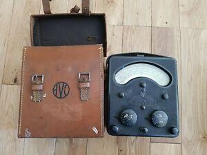 Vintage Universal Avometer  AVO Model 7 Multimeter With Original Leather case