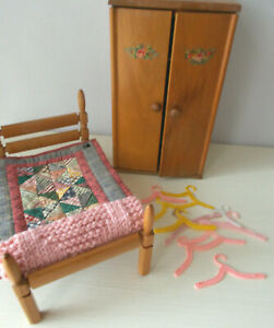 """Strombecker Doll Furniture Bed & Wardrobe for Ginny, Other 7 1/2"""" Dolls or Bears"""
