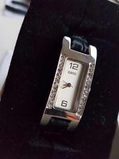 Reloj De Señoras OASIS con correa de cuero negro,, En Caja, Sin Uso.. Batería Nueva Equipada