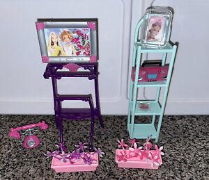 Barbie Furniture Assorted lot - Tv, Radio, Telephone, Photo In Frame, Flowers