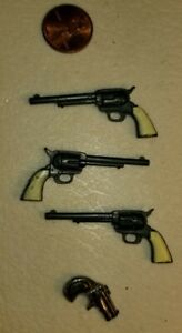 VINTAGE MARX READY GANG NON-FUNCTIONING 1/6TH SCALE PLASTIC WEAPONS
