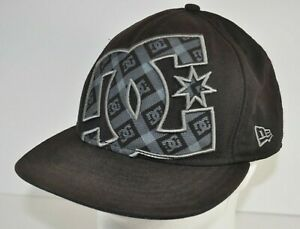 New Era 59fifty Black DC Shoes Fitted Hat size 7 1/2 Flat Brim Cap Skate Skater