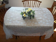HERITAGE LACE WHITE CHRISTMAS TABLECLOTH W/HOLLY & CANDLES 60X84 ITEM 2778