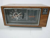 GE Clock Radio 7-4553C VTG General Electric Alarm Walnut Finish Tested WORKS