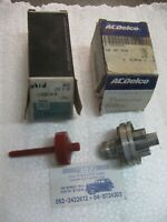 GM 1359271 + 25512340   37 tooth Speedometer driven gear and speedometer housing