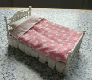 vintage * 16th scale - LUNDBY - DOLLS HOUSE DOUBLE BED