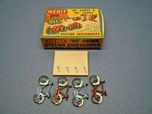 "Vintage MERIT HO / OO Gauge "" BICYCLES & STAND "" No. 5055 NOS L@@K"