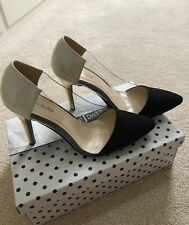 New high heels size 6