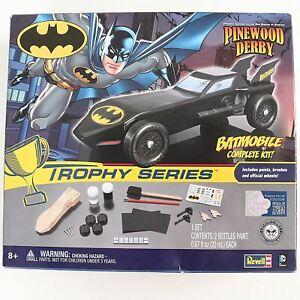 Batmobile Batman Complete Kit Revell Pinewood Derby Car Trophy Series New Sealed