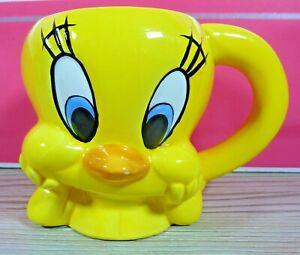 Warner Bros WB Tweety Mug, Vintage 1996. Ceramic, Unused, Little Chip On Nose