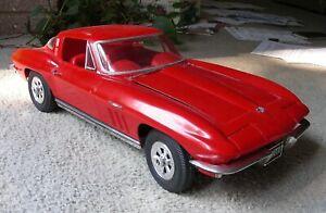 Monogram 1/8 scale Chevrolet Corvette Plastic Model Car built