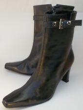 Tabita Womens Boots US8 Black Leather Zip Buckle Ankle Booties High Heels Brazil