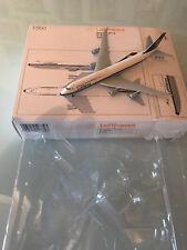 Herpa 527743 Lufthansa Boeing 747-8 D-ABYT Köln 1:500 Metall
