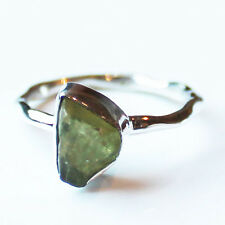 100% 925 Solid Sterling Silver Green Peridot Rough Stone Ring - Size 6
