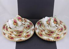 4 FIVE PIECE PLACE SETTING ROYAL ALBERT CHINA OLD COUNTRY ROSES 20 PIECES #2-MIN