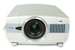 Sanyo PLC-XT16 3LCD Projector 3500 Lumens HD 1080i HDMI-adapter bundle