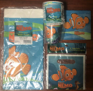Finding Nemo Napkins Tablecover Loot Bags Nemo Cups Party Supplies NEW