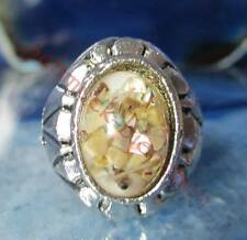 Ring Vintage Style Tibet Silver Oval Form Shell Mother Of Pearl coloured