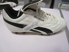 FREMANTLE : DES HEADLAND SIGNED REEBOK FOOTBALL BOOT
