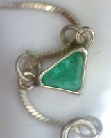 Gargantilla de esmeralda triangulo en plata 925
