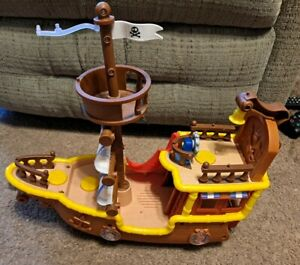 Jake and the Neverland Pirates Musical Talking Pirate Ship