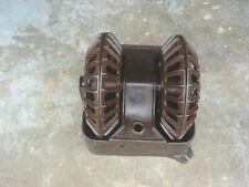 Vintage Hog Pig Oiler Dual Rotary Wheel Cast Iron Livestock Equipment #2