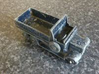 DINKY TOYS No.151B 1947-54 6 WHEEL COVERED WAGON BLUE NO CANOPY COVER