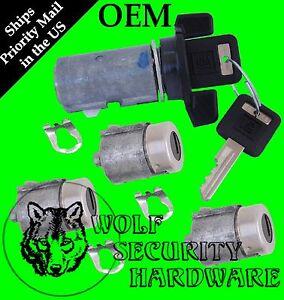 Yukon Blazer Suburban 92-94 Ignition Switch Cylinder Door & Rear Lock Set GM Key