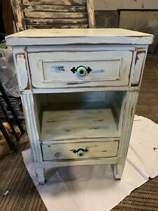 Nightstand/Side Table with 2 drawer