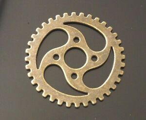 5 Large Metal Antique Bronze Steampunk Cogs and Gears Charm Pendant 39mm TSC59