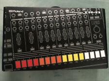Roland Aira TR-8 Drummachine mit Decksaver Top Zustand in OVP