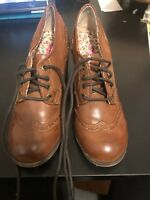 Lot 2 Pairs Of Womens Shoes