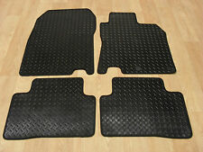 Nissan Qashqai 2014-on Fully Tailored RUBBER Car Mats in Black.