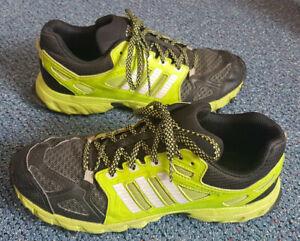 ADIDAS Kanadia 6 TR K Outdoor Schuhe für Kinder (D66502) Gr. 40