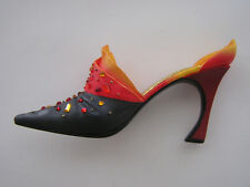 Just The Right Shoe New Passions Flame 25152 Miniature Collectables