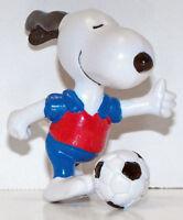 Snoopy Playing Soccer 2 inch Figurine Peanuts Miniature Figure SNP047
