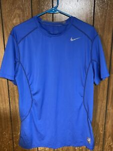 nike pro combat  dri fit mens t shirt blue Large activewear fitted